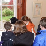 Primary School children meet Catriona at her Tolquhon Gallery solo_6981845484_l